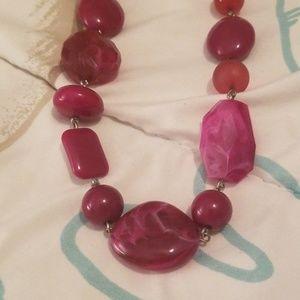 Jewelry - Retro bead necklace